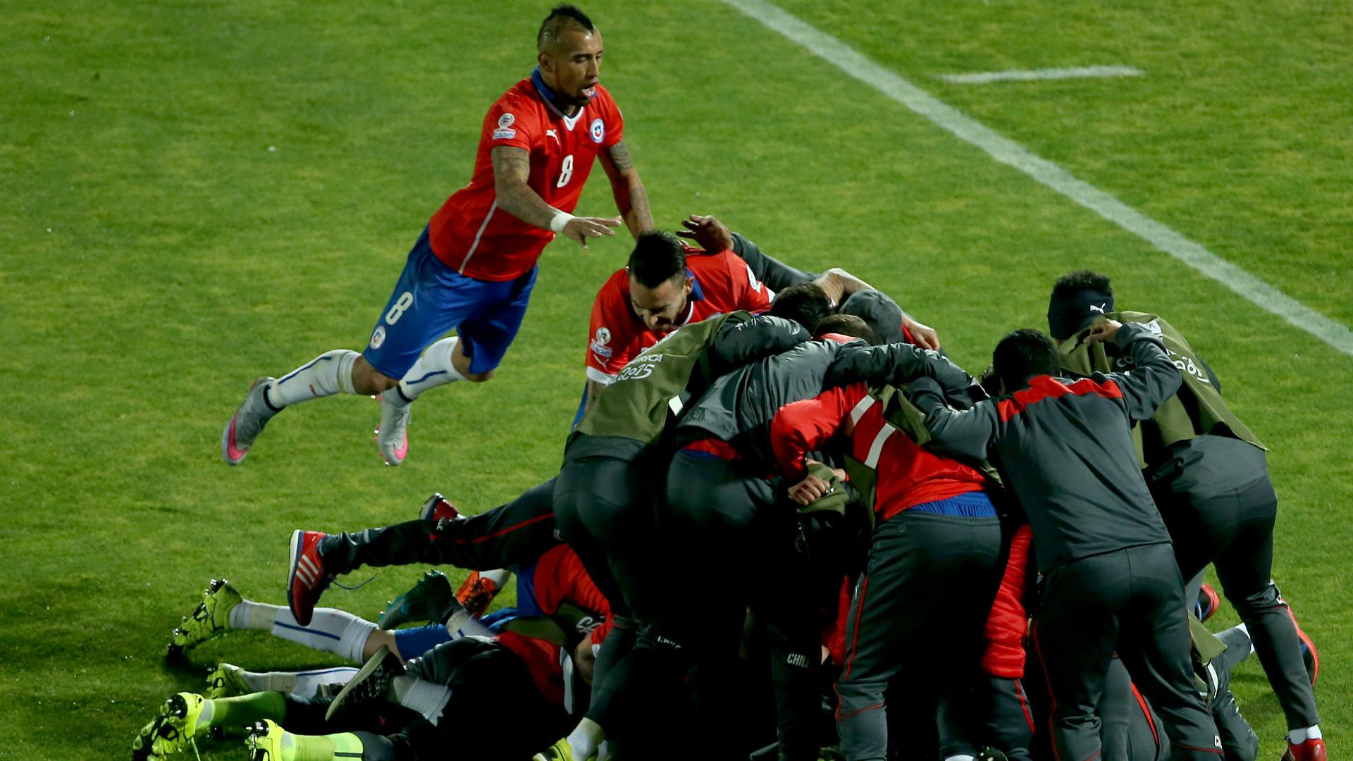 chile-celebrate-uruguay-copa-america_1n2mdduflr69y1iviemtnfg1l1