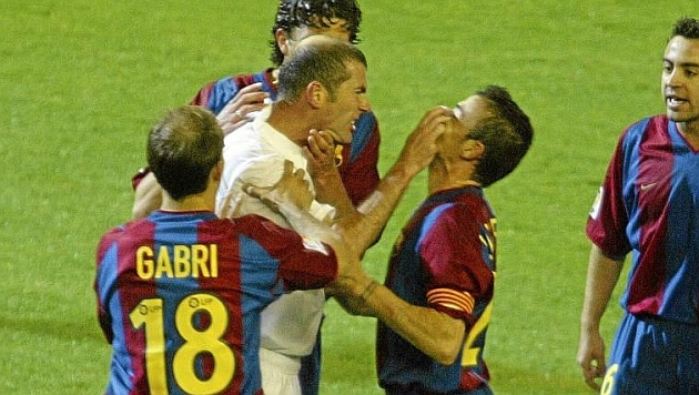 zidane-vs-luis-enrique-2003